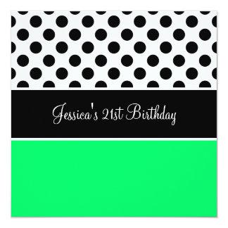 Pontos pretos & brancos do verde retro da festa de convite quadrado 13.35 x 13.35cm