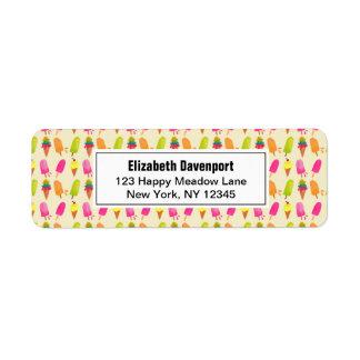 Popsicles e teste padrão colorido do verão do etiqueta endereço de retorno