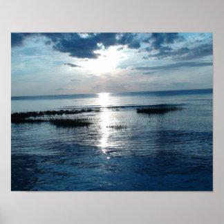 Por do sol azul bonito no poster da praia de Cape Pôster