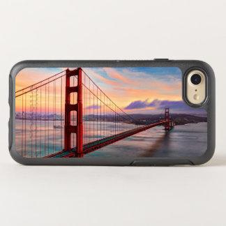Por do sol bonito do inverno em golden gate bridge capa para iPhone 7 OtterBox symmetry