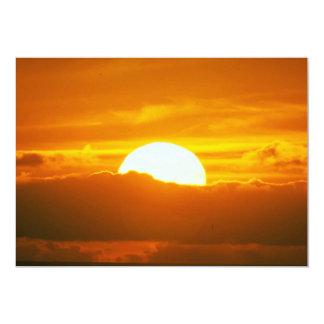 Por do sol bonito: Moorea, passagem exterior do Convite Personalizado