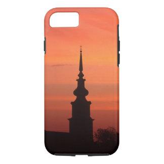 Por do sol com a igreja para capas de iphone
