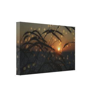 Por do sol do oceano com impressão das canvas da