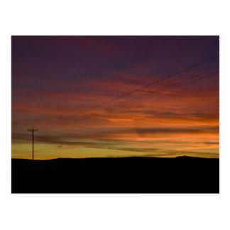 Por do sol na baixa arizona da mostra cartão postal