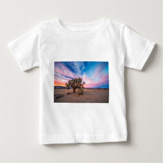Por do sol no Mojave Camiseta
