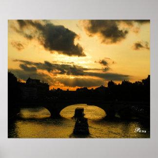Por do sol no poster de Paris Pôster