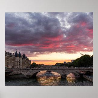 Por do sol no poster de Seine River