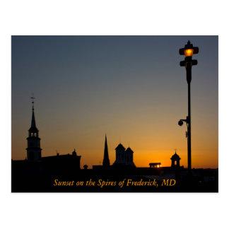Por do sol nos pináculos de Frederick Maryland Cartão Postal