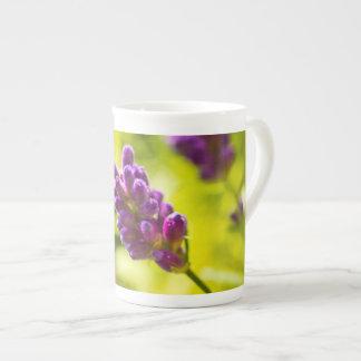 Porcelana - flor de alfazema xícara de chá