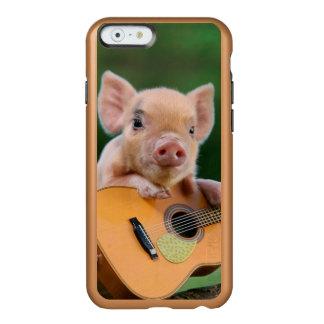 Porco bonito engraçado que joga a guitarra capa incipio feather® shine para iPhone 6