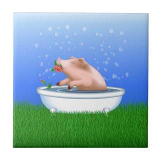 Porco na banheira azulejo de cerâmica