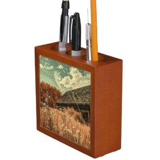 Porta-caneta celeiro velho da fazenda do wildflower do campo do