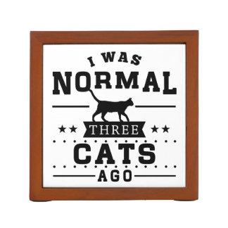 Porta Caneta Eu era três gatos normais há