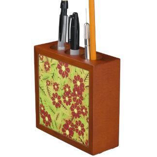 Porta-caneta Folha e flores