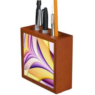 Porta-caneta Fractal colorido Pastel. Amarelo, cor-de-rosa,