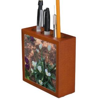 Porta-caneta Jardim das flores brancas da tulipa da neve