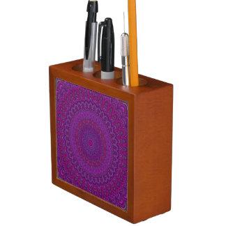 Porta-caneta Mandala roxa da flor