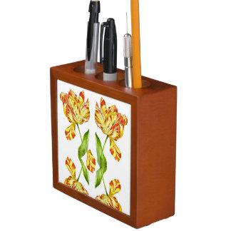 Porta Caneta Tulipas impetuosas em um organizador da mesa