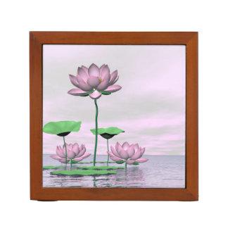 Porta Caneta Waterlilies e flores de lótus cor-de-rosa - 3D