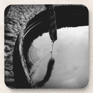 Porta-copo A água soa preto e branco