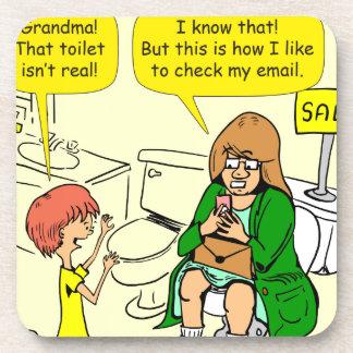 Porta-copo A avó 903 está verificando desenhos animados do