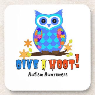 Porta-copo A consciência do autismo dá a uma coruja de buzina