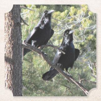 Porta-copo De Papel Pares do corvo na montanha
