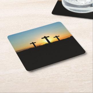 Porta-copo De Papel Quadrado As cruzes da crucificação no por do sol