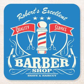 Porta-copo De Papel Quadrado O estilista do barbeiro utiliza ferramentas o