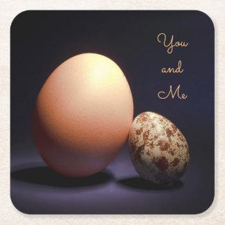 """Porta-copo De Papel Quadrado Ovos da galinha e de codorniz no amor. Texto """"você"""