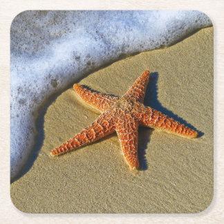 Porta-copo De Papel Quadrado Única estrela do mar na praia
