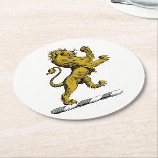 Porta-copo De Papel Redondo Emblema ereto C da crista do leão heráldico