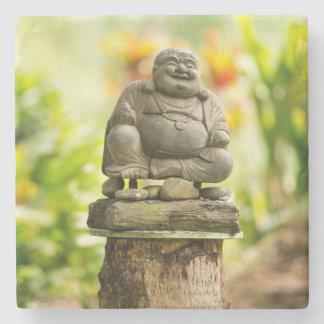 Porta-copo De Pedra Buddha no jardim havaiano