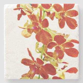 Porta-copo De Pedra Cascata de orquídeas alaranjadas