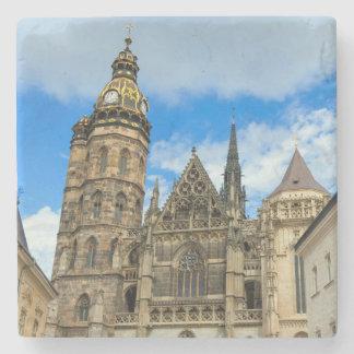 Porta-copo De Pedra Catedral do St. Elisabeth em Kosice, Slovakia
