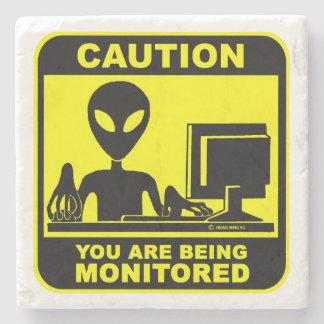 Porta-copo De Pedra Cuidado! você está sendo monitorado