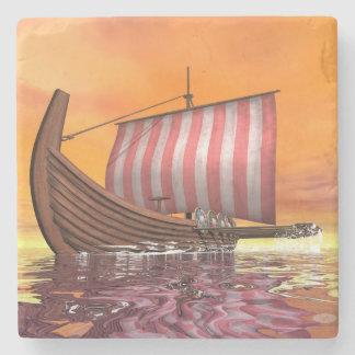 Porta-copo De Pedra Drakkar ou navio de viquingue - 3D rendem