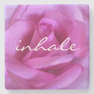 """Porta-copo De Pedra """"Inale"""" a foto roxa quente do Fim-acima do rosa do"""