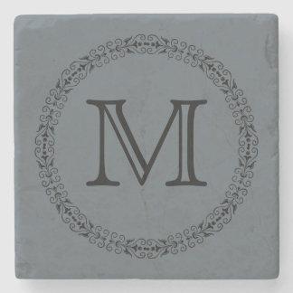 Porta-copo De Pedra Monograma da cor sólida das cinzas de ardósia do