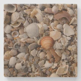 Porta-copo De Pedra Seashells na costa de mar