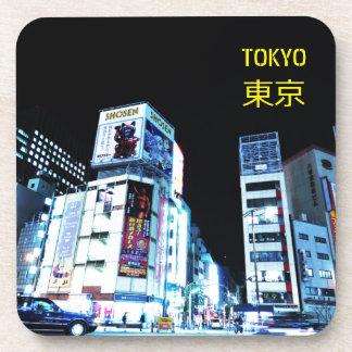 Porta-copo Distrito de Ginza em Tokyo, Japão na noite