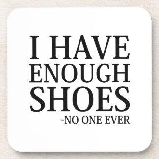 Porta-copo Eu tenho bastante calçados
