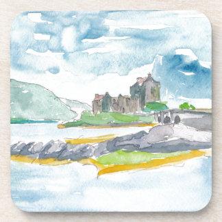 Porta-copo Fantasia das montanhas de Scotland e castelo de