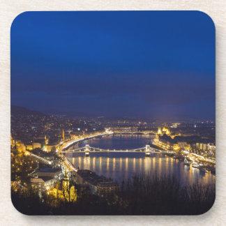 Porta-copo Hungria Budapest no panorama da noite