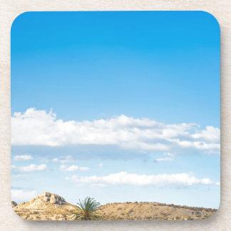 Porta-copo Opinião da paisagem à montanha e ao céu