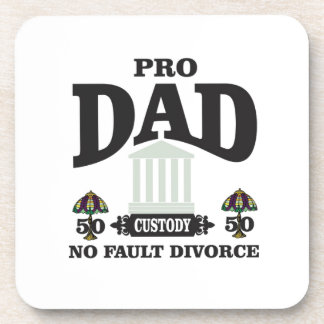 Porta-copo pro equidade do pai na corte