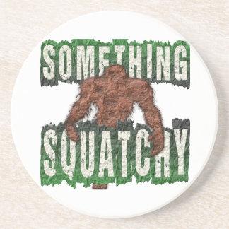 Porta-copos Algo Squatchy