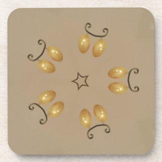 Porta-copos Bege rústico dos ovos da páscoa dourados amarelos
