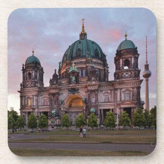 Porta-copos Catedral de Berlim com torre e Lustgar da