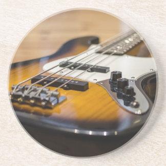 Porta-copos Cordas baixas baixas do instrumento da guitarra